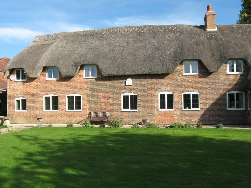 Renovated thatched cottage in Hungerford